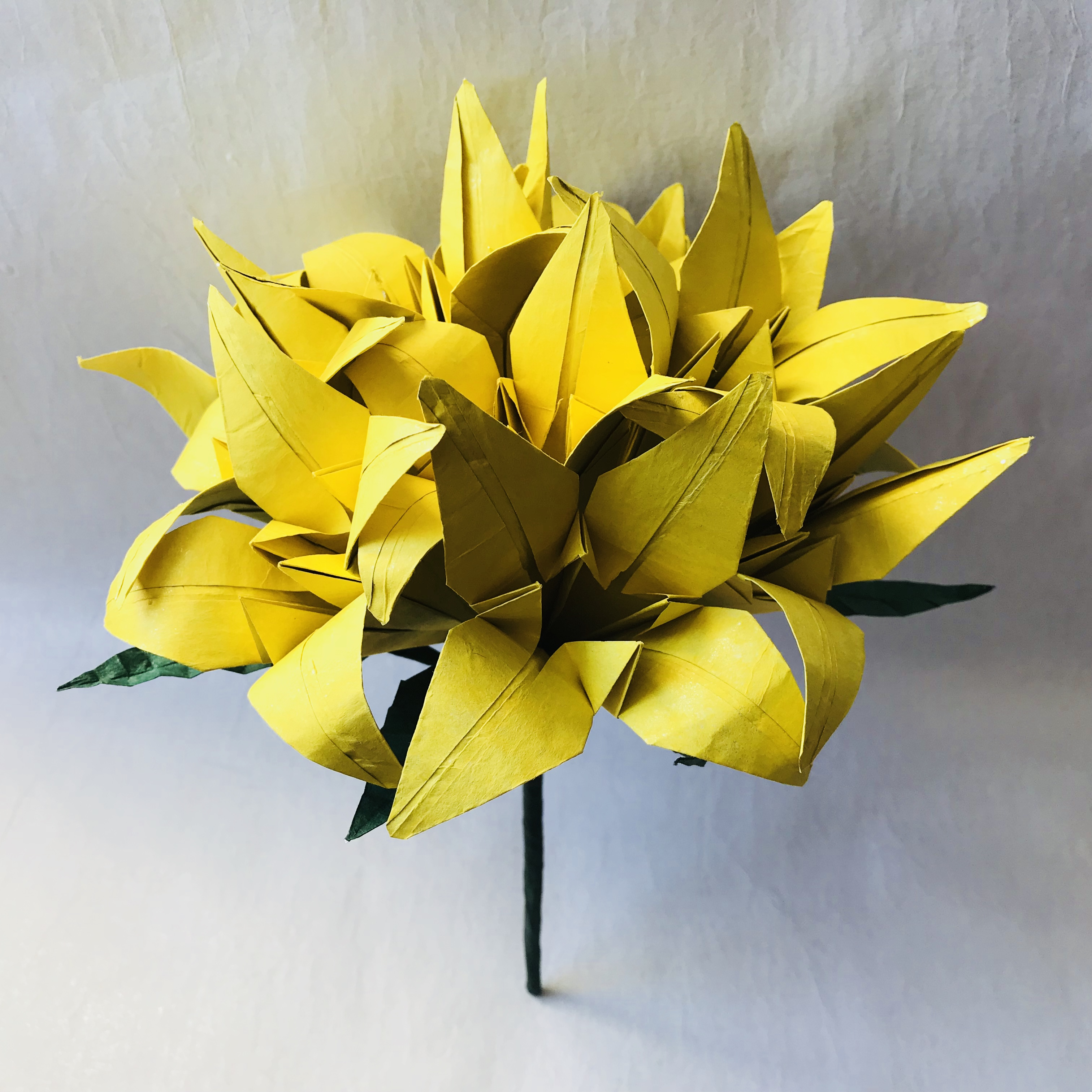 Flower Bouquet – Lilies – Taro's Origami Studio E-learning ... - photo#24